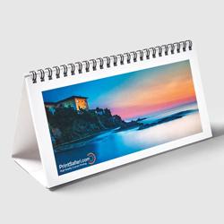 Multi-page desktop calendars
